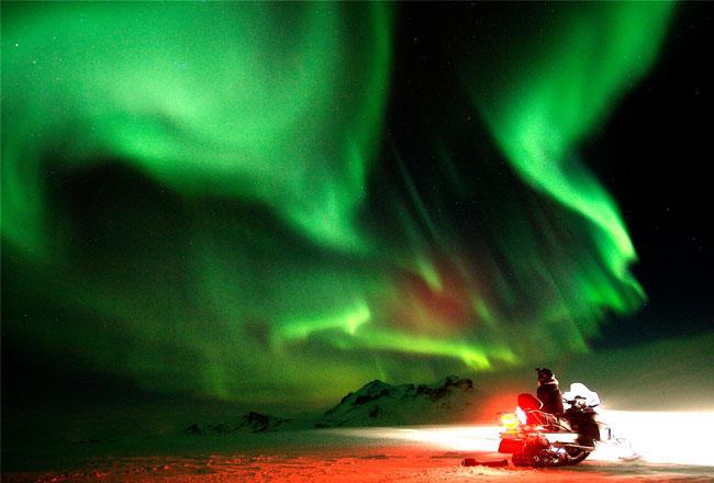 islandia-do-fogo-ao-gelo-aurora-boreal