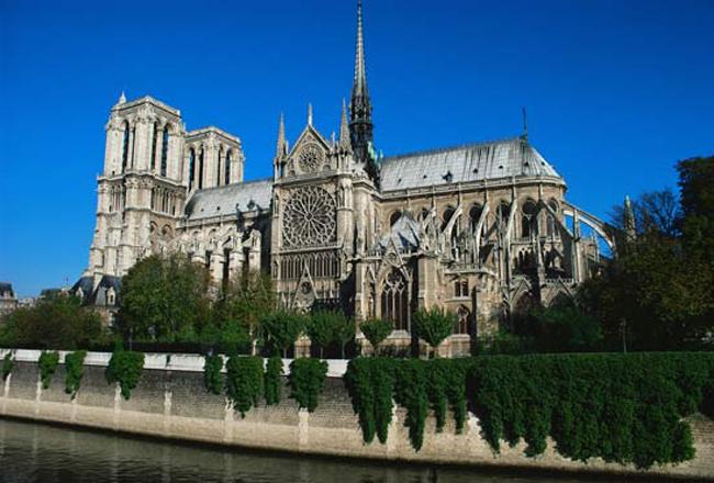 o-catolicismo-esculpido-na-historia-francesa
